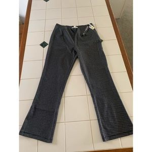 Pants - Cropped pants from Tillys